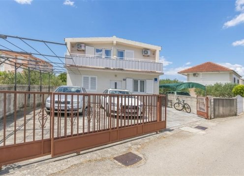 Apartments Ana - Rogoznica A2 (2+2) 10061-A2