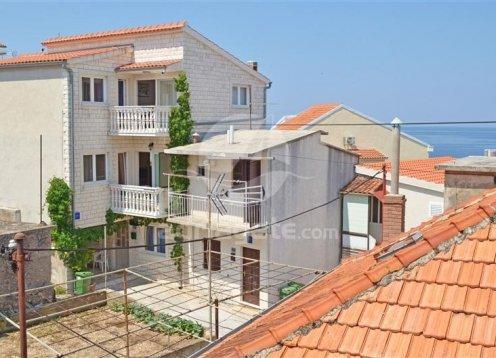 Apartments Jurica - Primošten A2 (4+1) 40968-A2