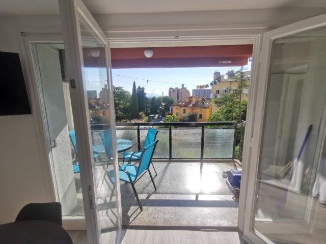 Spacious Apartment Budin 2 Rijeka center (4 + 1)