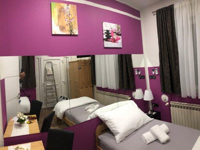 Dnevni najam sobe sa dva ležaja ili jedan bračni ležaj, u villi Zoki
